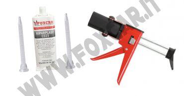 Kit colla poliuretanica bicomponente per riparare paraurti e plastiche